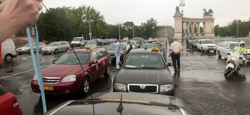 Fix tarifát és taxirendőrséget szeretne az iparkamara