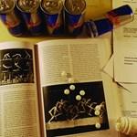 Kávé és amfetamin - a vizsgaidőszak sötét oldala