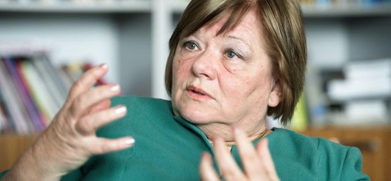 Csépe Valéria: El akarjuk érni, hogy a pedagógus tanítson, és ne leadjon