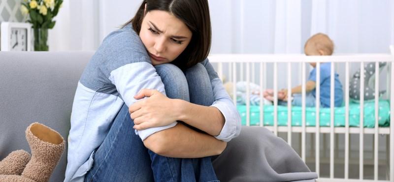 Depressziót okozhat a nőknél a túlórázás