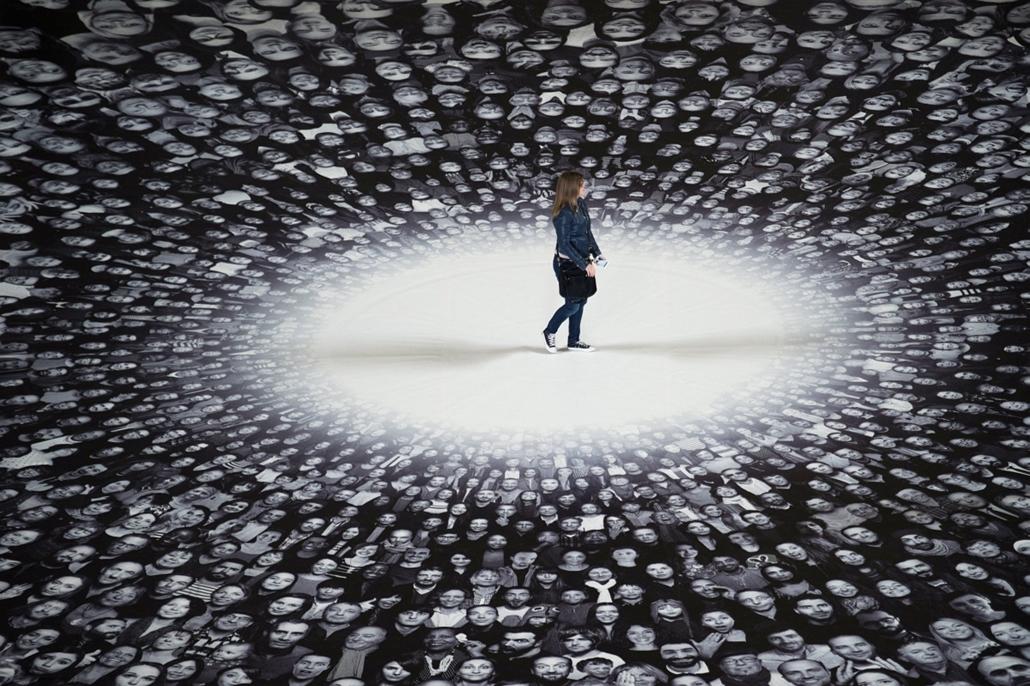 afp.14.06.03. - Párizs, Franciaország: kiállítás a Panthéonban. - 7képei nagyítás