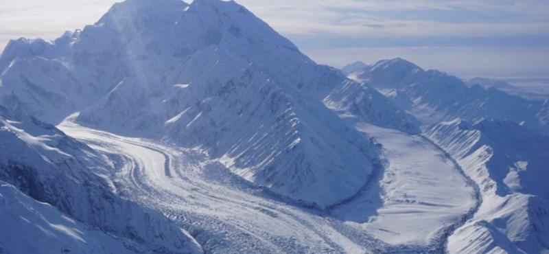 100-szoros sebességre kapcsolt egy alaszkai gleccser, a tudósok sem értik, miért