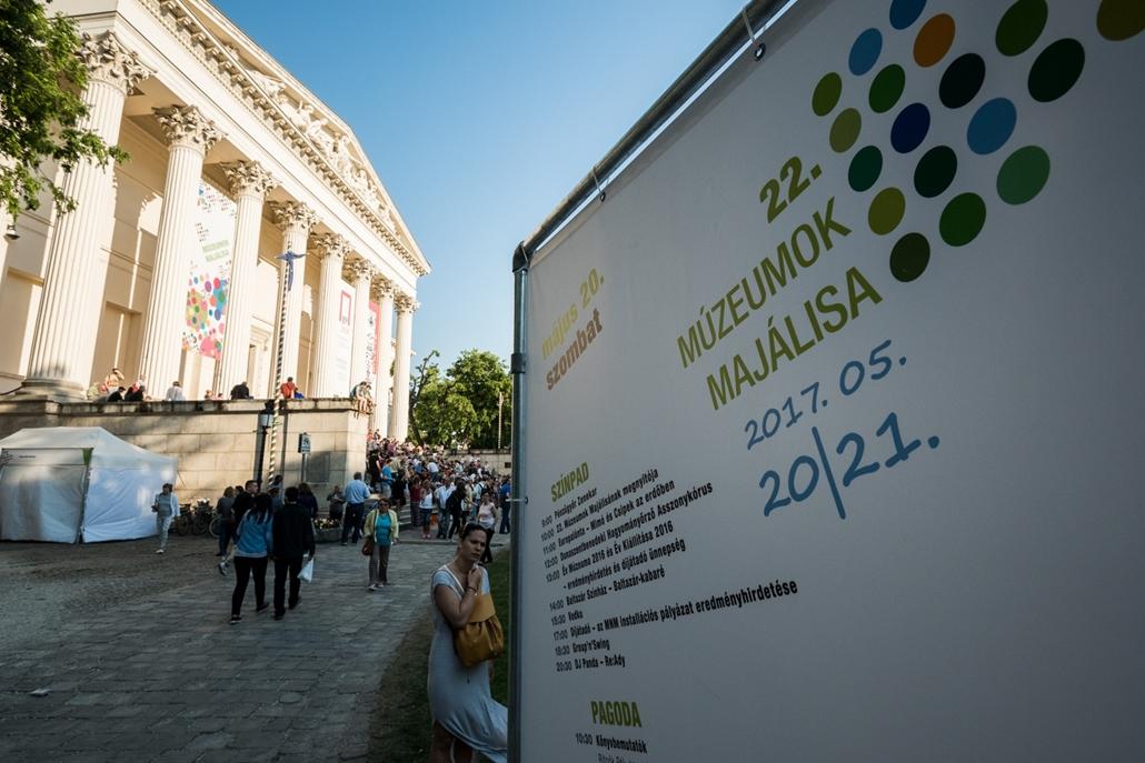 mm.17.05.21. - Múzeumok majálisa a Nemzeti Múzeum kertjében