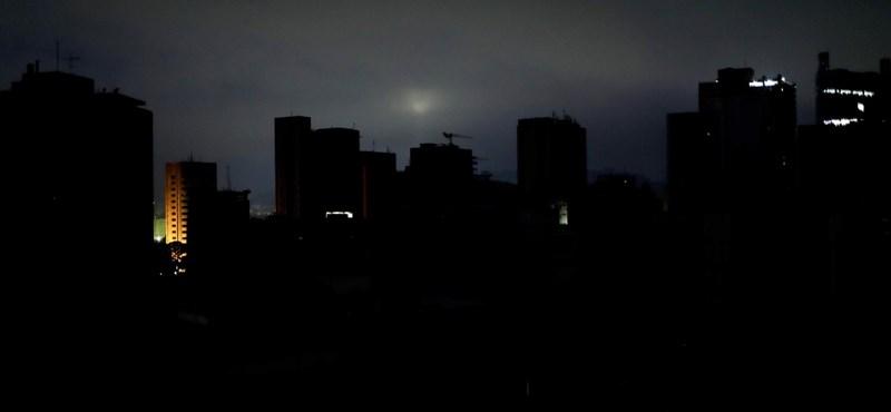Az országos áramszünet miatt munkaszünet lesz Venezuelában