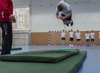 Impozánsnak álmodták meg Mészáros ügyvédjének sportakadémiáját