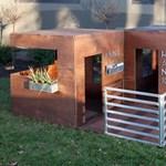 Lapraszerelt, modern játszóházak a kertbe