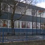 Konnektorokból is víz folyik - áldatlan állapotok egy veszprémi iskolában