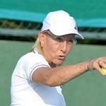 A tenisz tele van leszbikusokkal? Na és?