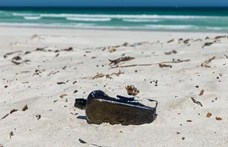 Ötven éve írt palackposta feladóját keresi egy ausztrál halász