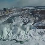 Ahogy még nem láthatta: videón a befagyott Niagara-vízesés
