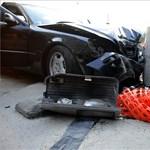 Fegyvereket találtak egy üldözött autóban hajnalban Budapesten