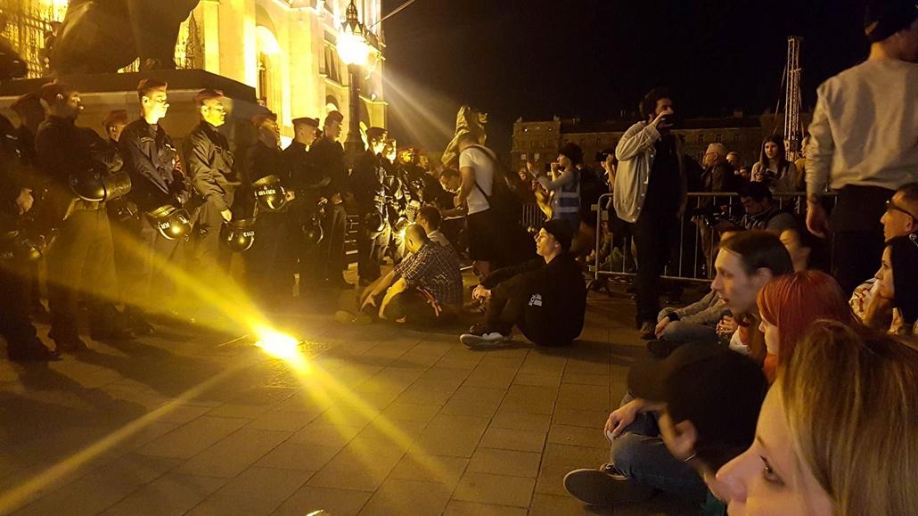 e_! mi vagyunk a többség kossuth tér tüntetés