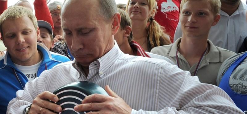 Putyin megmutatja igazi erejét