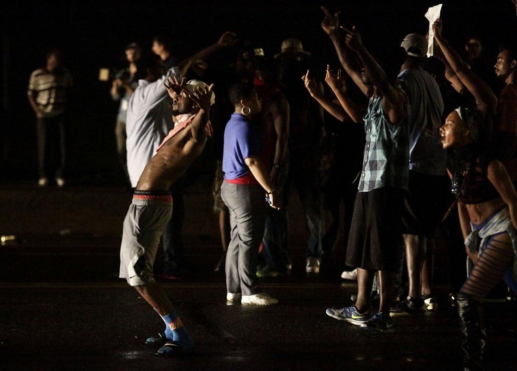 afp. Zavargások az Egyesült Államokban, Michael Brown, St. Louis, Ferguson városrész 2014.08.15.