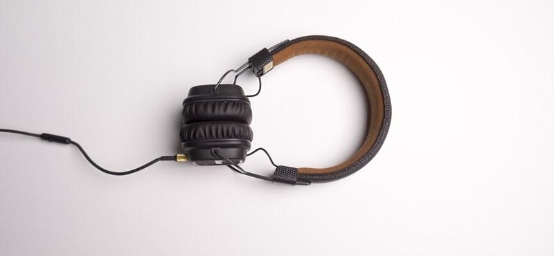 Angolérettségi: a hallás utáni szövegértés feladatsora
