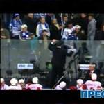 Videó: hokiütővel ütlegelte a szurkolókat egy orosz edző