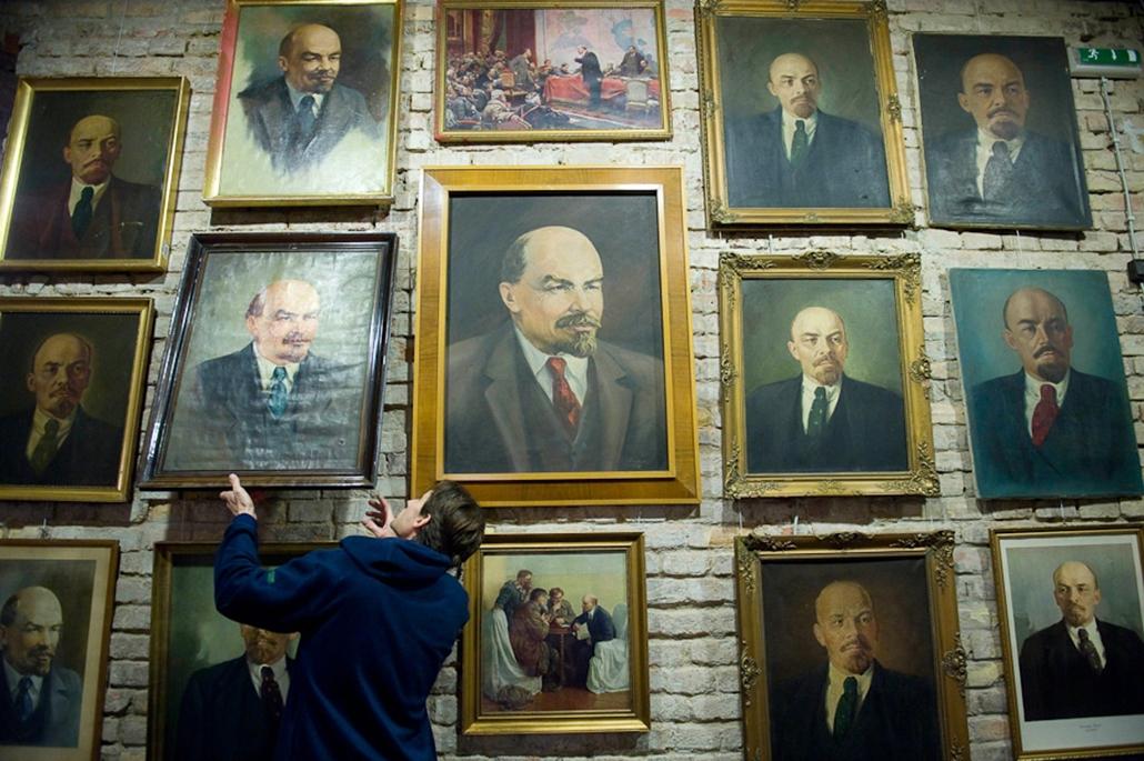 Lenin kommunizmushét képei nagyítás