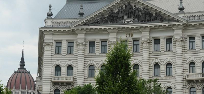 Önkormányzati adóssághegy: a politika miatt fékezhettek be a bankok