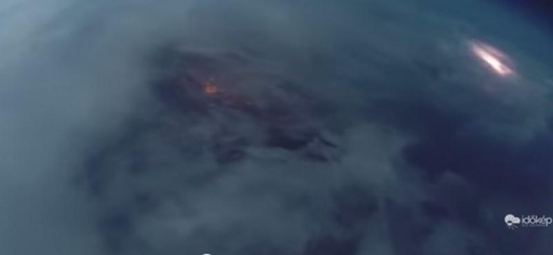 Egyedülálló űrvideó: villámok cikáznak Budapest felett