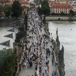 Csehország nem válogat, inkább beenged minden beoltott uniós turistát