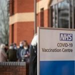 Gócpontokban terjed az indiai vírusvariáns Nagy-Britanniában, de nem kerülnek miatta többen kórházba