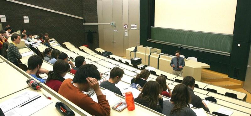 """""""Nagyon súlyos a helyzet"""" - veszélyben az európai felsőoktatási program"""