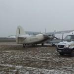 Elakadt a szántásban, ezért tudták elkapni az illegális bevándorlókat hozó repülőt
