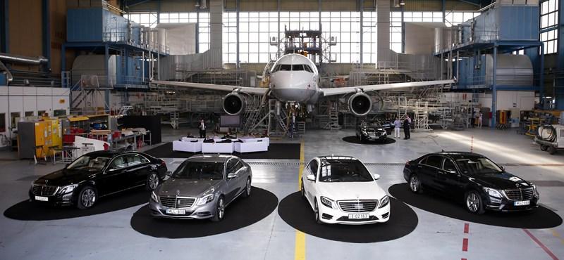 Az évszázad üzletét kötheti a Mercedes az Uberrel