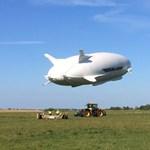 Újra felszállt a 92 méteres gigantikus léghajó – fotók