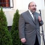 Beperli a Dohány utcai főrabbi az őt kirúgó zsidóvezetőt