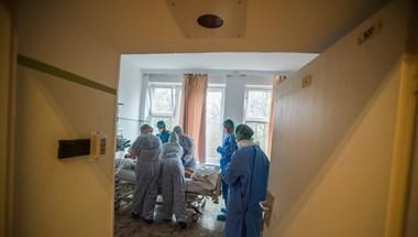 Nem tetszik a dunaújvárosi kórház főigazgatójának, hogy néhányan tiltakoznak az új egészségügyi törvény ellen