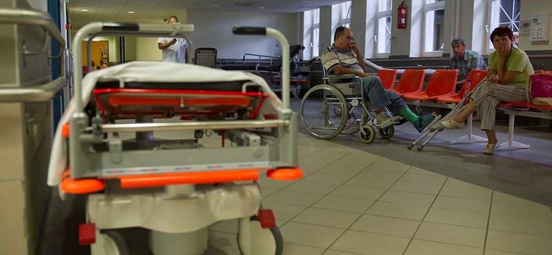 ÁSZ-elnök: Ősbűn a kórházak túlköltekezése