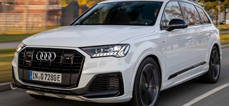 Itt a zöld rendszámos új Audi Q7