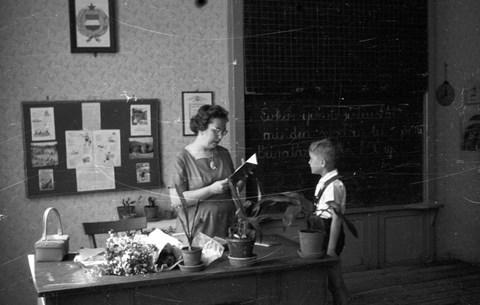 Szinte teljesen eltűntek a nyugdíjas tanárok az állami iskolákból