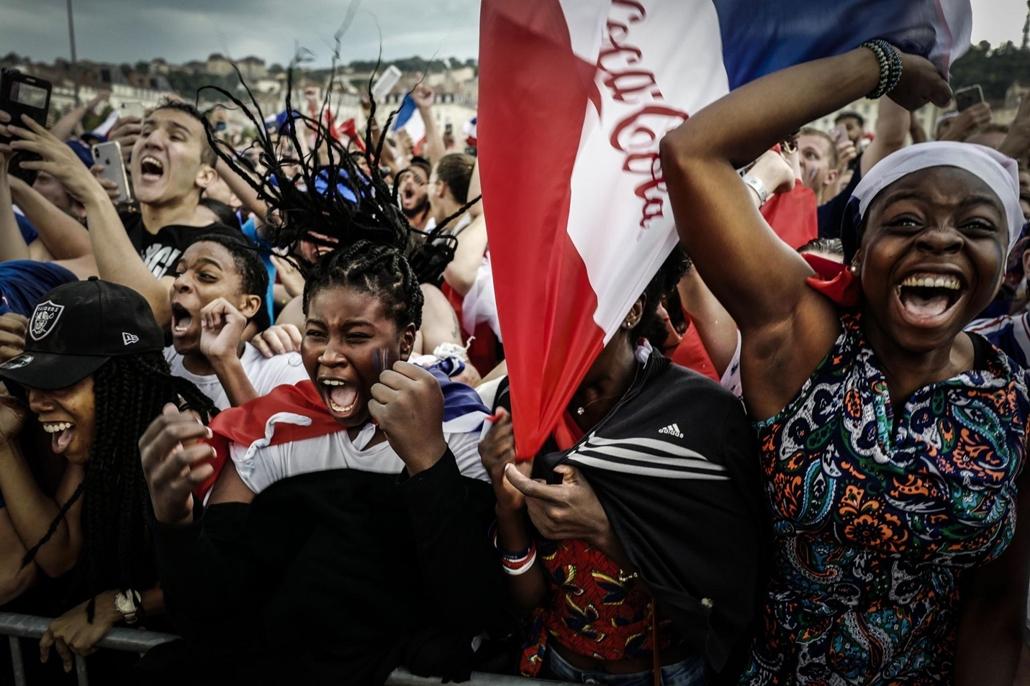 afp.18.07.15. A szurkolók reakciója a foci világbajnokság döntő mérkőzésén