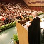 Megállapodtak: a nyugdíjas professzorok nem fizetnek különadót