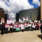 Távol Sorostól: megint tüntet a CÖF Brüsszelben