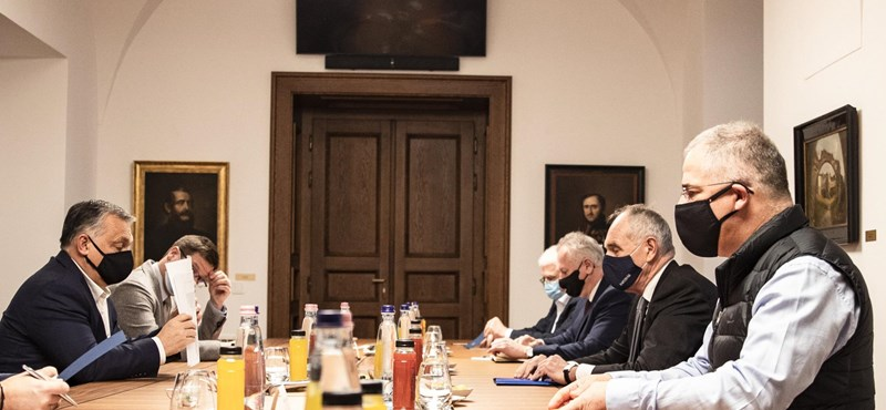 Orbán már a városvezetőkkel tárgyal az új gazdasági lépésekről