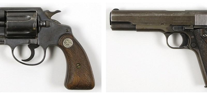 Fotó: Bonnie és Clyde holtteste mellett talált fegyverek kerülnek kalapács alá