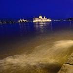 Így várta Budapest a Duna tetőzését - Nagyítás-fotógaléria