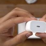 Még egy ország visszarakatná az iPhone 12 dobozába a töltőfejet