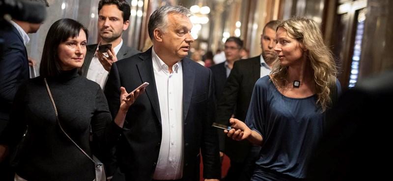 Orbán a hvg.hu-nak: a CEU eltávozott Bécsbe, kérdezze az osztrák kancellárt!