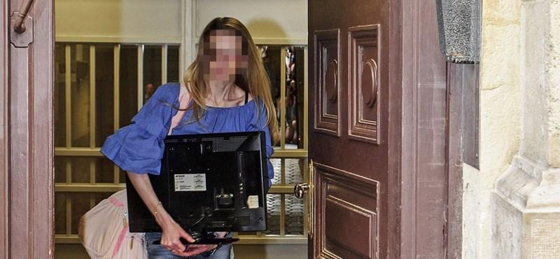 """Rezesova was released from prison - video """"width ="""" 800 """"height ="""" 370"""