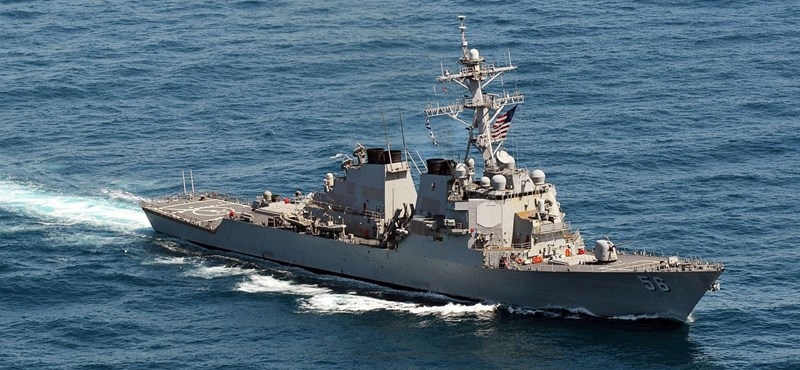 Az amerikai haditengerészet átállítja a rombolóit érintőkijelzős irányításról mechanikusra egy halálos baleset nyomán
