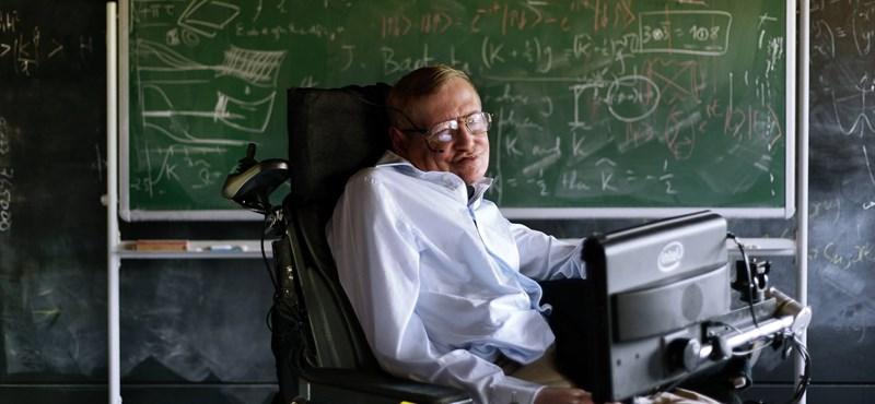 Stephen Hawking: megsemmisítheti magát az emberiség a technológiával, de egy világkormány segíthet