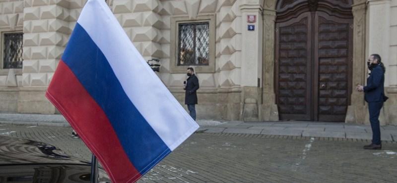 Lengyel diplomatákat utasított ki Oroszország, Varsó arányos választ ígér