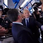 Éves bérletet ajánlottak fel Tarlósnak a tömegközlekedő civilek