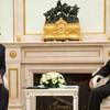 És akkor Vlagyimir Putyin egy félidőre elrabolta Orbán Viktort