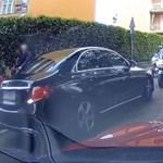 A nap videója: tucatnyi motoros rendőr miatt kellett tolatniuk a sort előzőknek