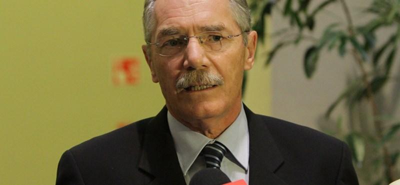 Nefmi: Réthelyi nem fogadta el Tulassay lemondását